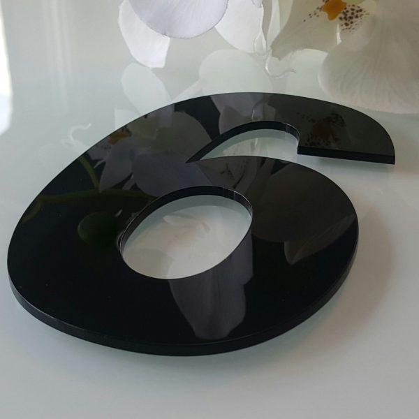 Hausnummernonline Einzel Plexiglas® 600x600 - Einzel Hausnummern Schwarz Hochglanz